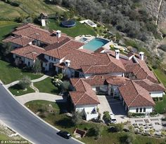 Britney Spears mansion in Calabasas, California