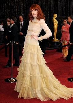 florence welch- #Modest doesn't mean frumpy. #fashion #style www.ColleenHammond.com www.TotalimageInstitute.com