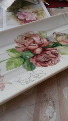 rose dipinte a mano su un vassoio di porcellana, roses pink handmade painting