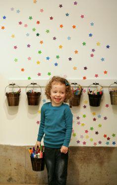 Spielzimmer Entwurf: Unsere Art Room von Fun at Home mit Kids