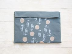 Tablet IPad laptop case bag cover pouch sleeve by poppyshome