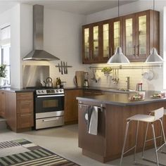 Find Your Favorite Kitchen Style Kitchen – home accessories Wood Kitchen Cabinets, Wooden Kitchen, New Kitchen, Kitchen Dining, Kitchen Ideas, Kitchen Modern, Kitchen Inspiration, Country Kitchen, Clean Cabinets