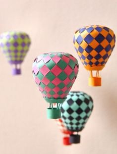 How to DIY this hot air balloon baby mobile!
