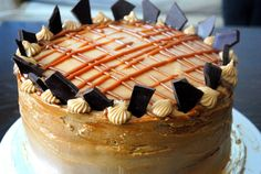 dulce de leche cake Cupcake Recipes, Cupcake Cakes, Dessert Recipes, Fun Recipes, Sweet Recipes, Recipe Ideas, Cooking Recipes, Just Desserts, Sweets