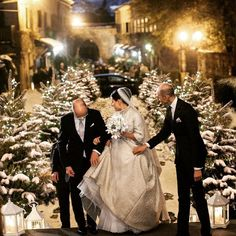 "The Idid Shop on Instagram: ""Swooning over this Italian winter wedding! #christmasweddinginspiration #winterwedding @enzo_miccio"""
