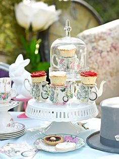 How to Plan an Alice in Wonderland Tea Party