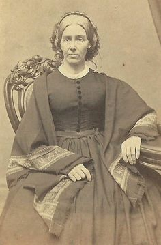 CDV PHOTO OLDER WOMAN LARGE DRESS SHAWL DRAPED OVER SHOULDERS CIVIL WAR ERA MASS- and by the color of her hair, she was either blond or fully grey. Very lovely!