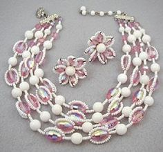 Vendome Pink & White Bead Necklace Set - Garden Party Collection Vintage Jewelry