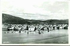Nordland fylke Vefsn Kommune  Mosjøen. Fint oversikt med båter Utg Joh. Petersen datert 1940