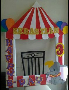 Carnival decoration – simple but beautiful effect – CARNİVAL Carnival Baby Showers, Circus Carnival Party, Circus Theme Party, Carnival Birthday Parties, First Birthday Parties, Birthday Party Themes, First Birthdays, Birthday Ideas, Circus Wedding