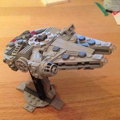 Lego Spaceship, Lego Robot, Lego Moc, Lego Lego, Robots, Lego Falcon, Lego Words, Lego Star Wars Mini, Custom Lego