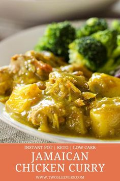 Use your Instant Pot to make this amazing Jamaican Chicken Curry. This Jamaican curried chicken is spicy, authentic, and finished in just 20 minutes! Jamaican Callaloo Recipe, Stewed Chicken Jamaican, Caribbean Curry Chicken, Chicken Curry, Chicken Roti Recipe, Easy Chicken Recipes, Instant Recipes, Instant Pot Dinner Recipes, Jamican Recipes