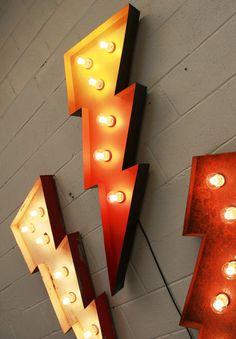 HUGE light up carnival LIGHTNING BOLT Vintage style industrial sign shop display   eBay