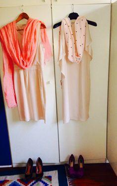 Vestiti: Stefanel ; scarpe : Zara; scialle stelle: H&m ; scialle pesca: Stefanel