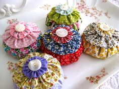 The Beehive Cottage: Made Some Original Pincushions!