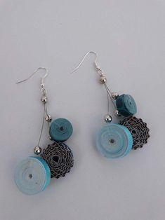 Boucles d'oreilles 3 rondelles bleues en perles de papier et carton  Visible sur la boutique http://bijoux-en-kits.alittlemarket.com