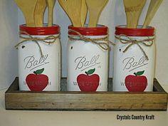 Apple Mason Jar, Mason Jar Art, Mason Jar Kitchen, Apple Kitchen Decor, Kitchen Sets, Apple Decorations For Kitchen, Pig Kitchen, Chicken Kitchen, Rustic Kitchen