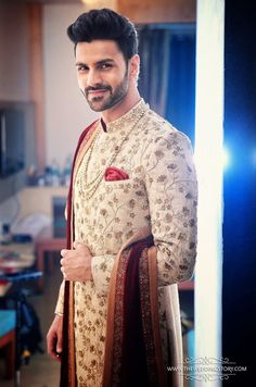 Groom Wear - The Royal Groom! Photos, Hindu Culture, Beige Color, Groom Sherwani, Designer Groom Wear, Wedding pictures, images, WeddingPlz