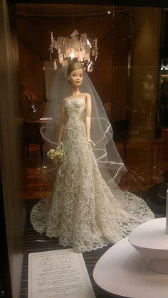 Barbie noiva.