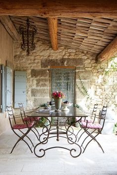 rustic Garden room Discover designer Jocelyne Sibuets characterful hotels in France on HOUSE - design, food and travel by House amp; Rustic Outdoor Furniture, Outdoor Rooms, Outdoor Dining, Dining Area, Outdoor Decor, Dining Rooms, Outdoor Areas, Iron Furniture, Garden Furniture