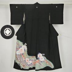 Black, flower pattern kurotomesode kimono /【黒留袖】黒地熨斗に花柄
