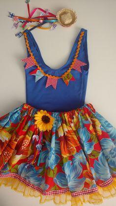 Ideas for moda infantil feminina escola Winter Dresses, Summer Dresses, Daily Look, Diy For Kids, Editorial Fashion, Ideias Fashion, High Tops, Doll Clothes, Halloween Inspo