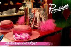 Che abbia inizio la Finale Nazionale Miss Arte Moda Italia! Sarò presente tutte le sere per l'organizzazione e gestione delle sfilate... ma Sabato sera le ragazze sfileranno anche con le mie creazioni di modisteria. Vi verrò aggiornati!!! #cappello #cappelli #hat #instalike #instafun #instalife #fashion #womenfashion #madeinitaly #livorno #madeinitaly #moda #modadonna #fascinator #artigianato #modisteria #modella #modelle #fashionphoto #accessori #stile #style #l4l #wedding
