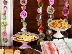 How to Make Paper Rosebud Party Streamers : Home Improvement : DIY Network