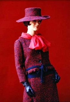 Tweed suit Yves Saint Laurent, 1962