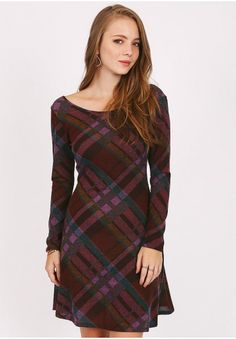 Purple plaid swing dress with round neckline and 3/4 sleeves. Unlined, opaque.