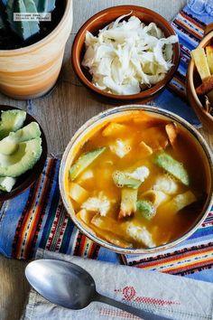 Sopa de tortilla a la mexicana. Receta mexicana fácil #recetasmexicanas