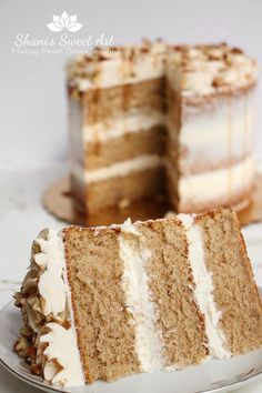 This is not a dense and heavy cake… Flavorful & richly spiced sponge cake recipe. This is not a dense and heavy cake but a light and fluffy version that has a full, pungent spice flavor. Spice Cake Recipes, Best Cake Recipes, Sweet Recipes, Baking Recipes, Dessert Recipes, Chai Spice Cake Recipe, Autumn Recipes Baking, Layer Cake Recipes, Fall Recipes