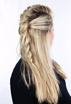 Obsessed with this half-up style.