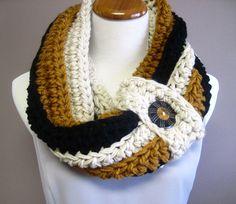 Chunky Button Crochet Cowl:  Off White, Black, Honey Brown via Etsy