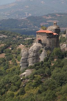 Find out about exploring the Monasteries of Meteora in Greece  #Greece #Meteora #Monasteries