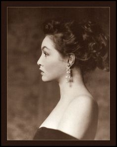 Daughter of a Ziegfeld Girl  Alfred Cheney Johnston was THE photographer of Ziegfeld's beautiful women. Here he photographed Julie Newmar, the daughter of a Ziegfeld girl, around 1950—stunning portraits of a stunning woman.