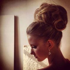 Huge bun - great for a formal event
