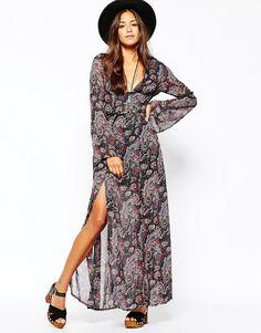 Image 4 ofMissguided Boho Paisley Print Maxi Dress