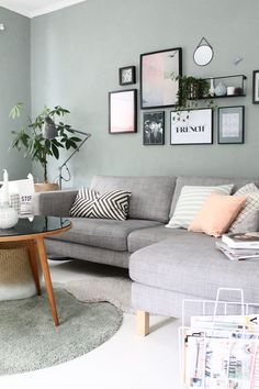 Wandfarbe Wohnzimmer blau grau Wandfarbe Wohnzimmer grau Couch Trendy Wall Decor - Painting n Drawing Trends Living Room Paint, Living Room Grey, Home Living Room, Living Room Designs, Apartment Living, Pastel Living Room, Living Room Decor Green Walls, White Apartment, Scandi Living Room