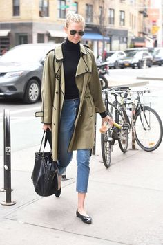 New York - 27 March 2018 Fashion 2018, Star Fashion, Daily Fashion, Casual Street Style, Preppy Style, Celebrity Outfits, Celebrity Style, Karlie Kloss Street Style, Winter Trends
