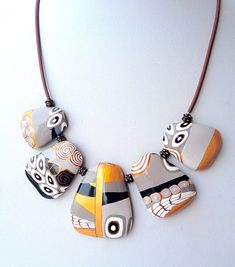 Necklace by Ma-belette Polymer Clay Necklace, Polymer Clay Pendant, Polymer Clay Beads, Fimo Clay, Polymer Clay Projects, Polymer Clay Creations, Diy Fimo, Biscuit, Precious Metal Clay