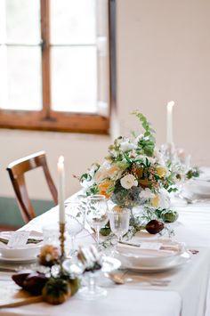 Tuscan reception table - photo by Nadia Meli http://ruffledblog.com/a-romantic-tuscany-elopement-workshop