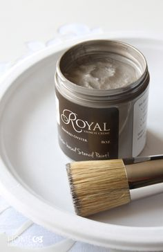 Royal Design Studio Stencil Creme Paints and Stencil Brush for Perfect and Easy Stenciling Craft Projects - Silky Metallic Paints