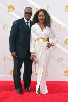27 Celebrity Couples Who Prove Love Can Last A Lifetime : Angela Bassett and Courtney B. Vance, married since Black Celebrity Couples, Black Couples, Couples In Love, Adorable Couples, Power Couples, Black Love, My Black Is Beautiful, Beautiful Couple, Black Celebrities
