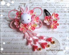 うさぎさんと小花の髪飾り✼キャンディピンク✼七五三✼3歳✼つまみ細工