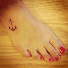 Anchor Tattoo but would prefer the ankle chain First Tattoo, Get A Tattoo, Tattoo Pics, Tattoo Ideas, Foot Tattoos, Tatoos, Piercing Tattoo, Piercings, Tattoos For Daughters
