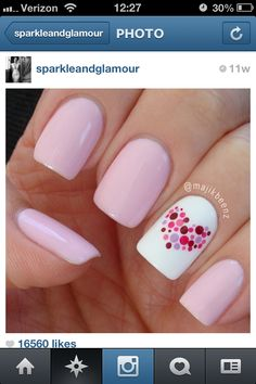 Simple pattern for a wedding or Valentine's Day.  Free Nail Technician