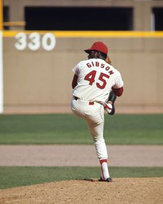 bob Gibson | Bob Gibson finished his career with 255 complete games and 251 wins ...