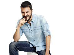 Mehmet Günsür Denim Button Up, Button Up Shirts, Celebs, Celebrities, Handsome Boys, Mens Fashion, Actors, My Favorite Things, My Style