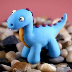 Dinosaure de plastilina